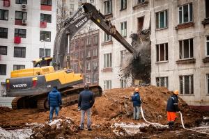 Больше трети москвичей назвали главной целью сноса пятиэтажек отмывание денег