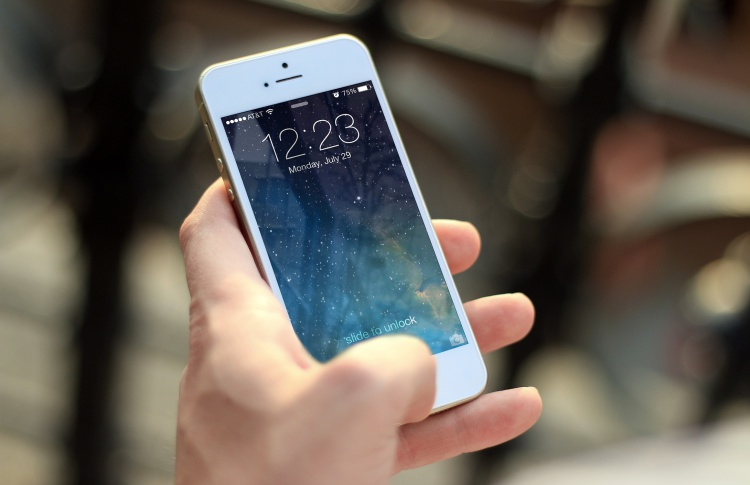 «Мегафон» и «Билайн» заявили о проблемах со связью