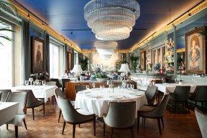 Не ждали: почему в московские рестораны возвращается мода на гламур