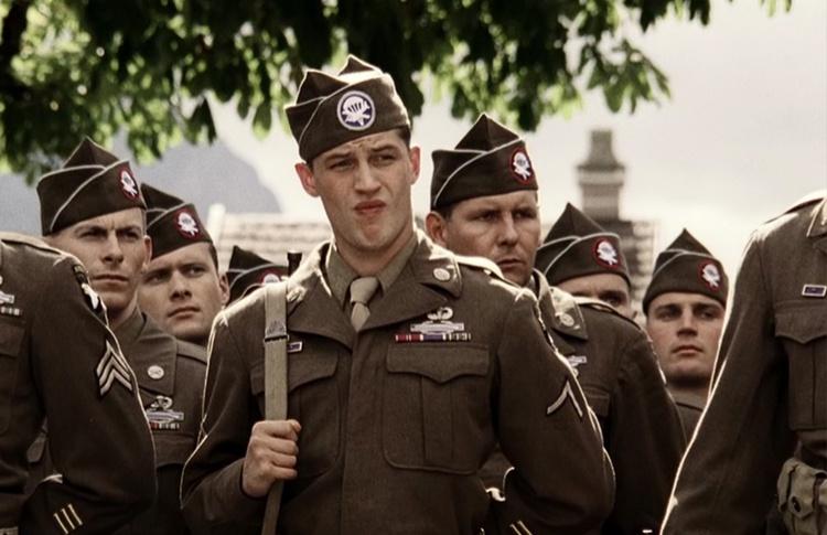 Том Харди, сериал «Братья по оружию» (2001)