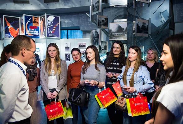 Культовый корейско-французский бренд Erborian запустил долгожданную новинку Glow-крем для лица в Московском Планетарии! - Фото №1