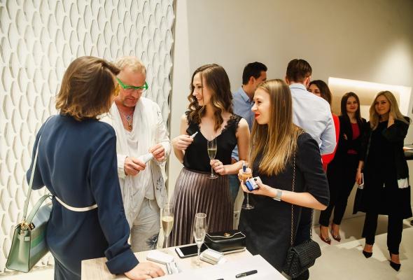 Инновационный бренд IQOS открыл первый флагманский бутик в Северной столице - Фото №12