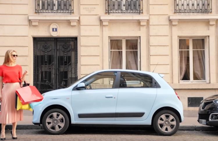 Renault выпустил лак для ногтей, которым можно закрашивать царапины на машине