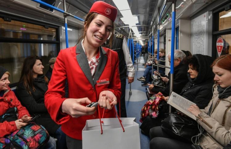 На станции «Маяковская» открылся флагманский магазин столичной подземки