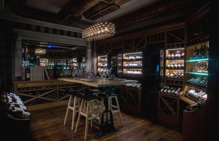 Ресторан «Ти-Бон Wine» на Петровке объявил о закрытии и распродаже вина