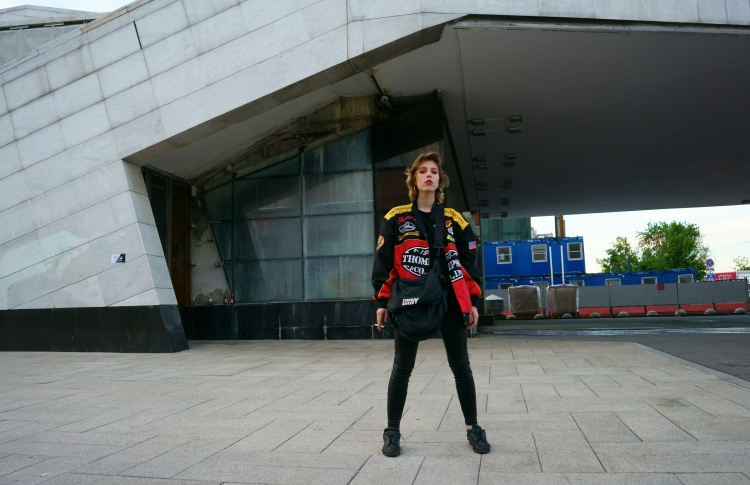 Юлия (21 год, студентка, фотограф, стилист)