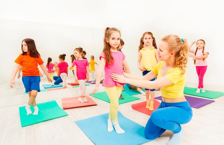 В X-Fit стартует программа обучения персонала направления детского фитнеса