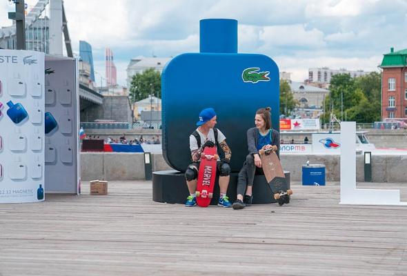 Бренд Lacoste устраивает летний перформанс в парке искусств «Музеон» - Фото №4