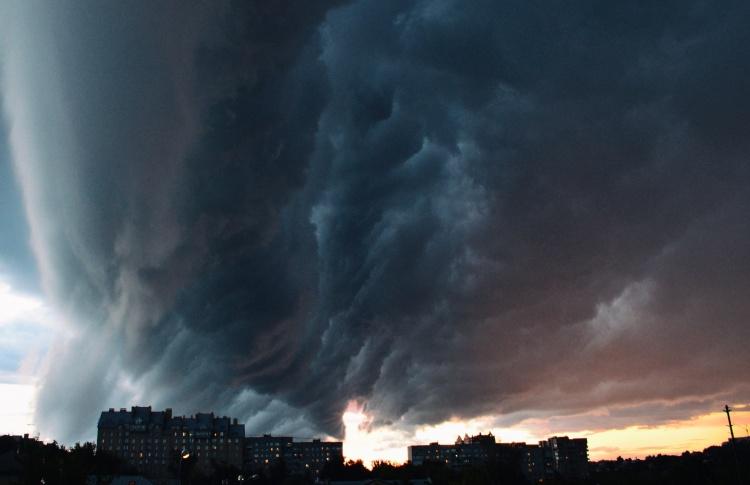 Шторм и ливни в Москве — 30 июня. Онлайн