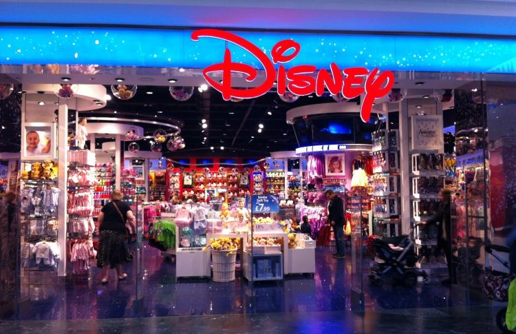 В Москве откроется первый в России магазин игрушек Disney