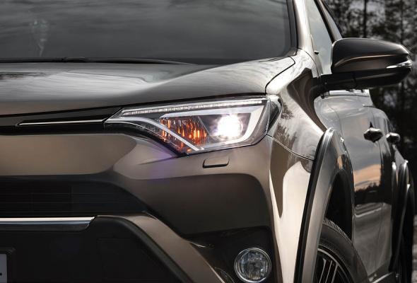 Стартовали продажи Toyota RAV4 в специальной серии Adventure - Фото №6