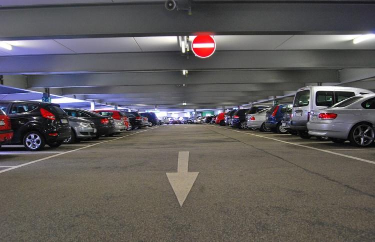 Власти Москвы могут сдать в аренду часть построенных при реновации подземных парковок