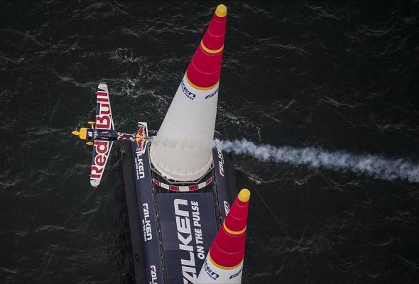 В России впервые пройдет этап Red Bull Air Race - Фото №8