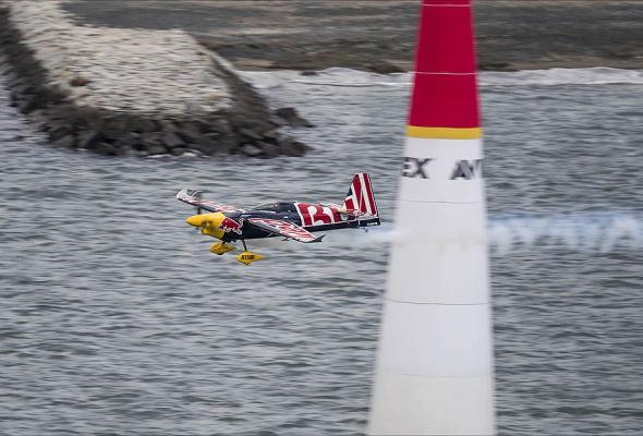 В России впервые пройдет этап Red Bull Air Race - Фото №7