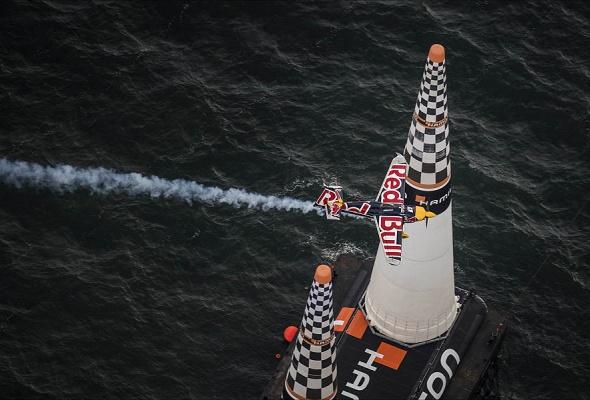 В России впервые пройдет этап Red Bull Air Race - Фото №6