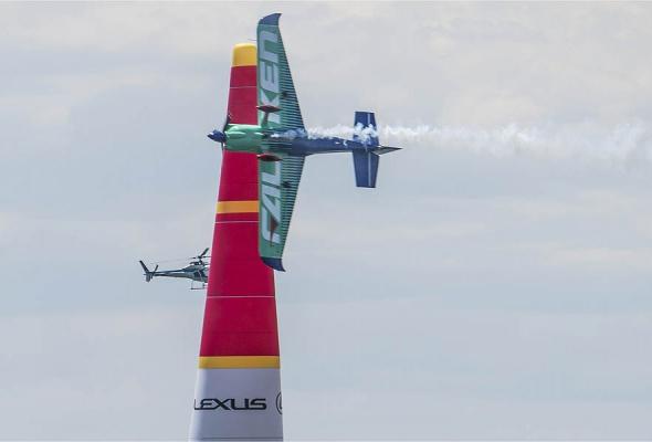 В России впервые пройдет этап Red Bull Air Race - Фото №1