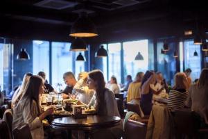 18 лучших круглосуточных ресторанов Москвы