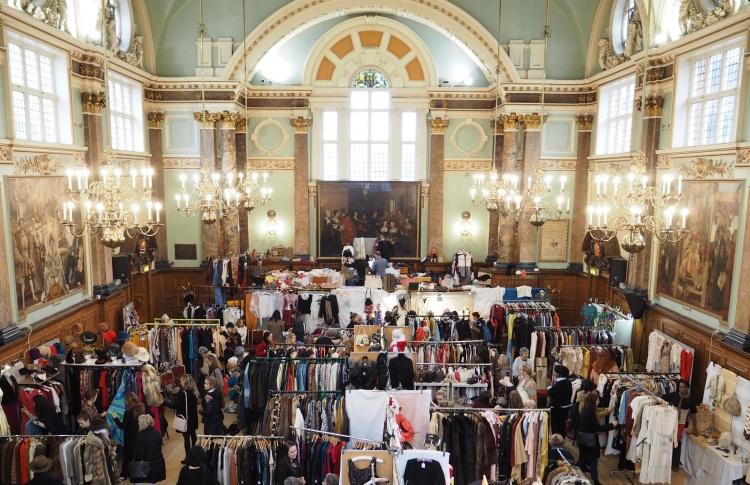 Frock me: ярмарка винтажной моды в Лондоне