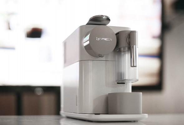 Бренд Nespresso представил кофемашину Lattissima One и лимитированные бленды Barista Choice в гастропабе «Техникум» - Фото №8