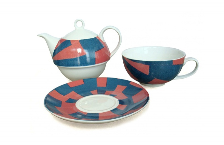 Чайный сервиз от Луиз Буржуа (2 000 руб)