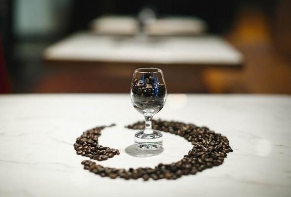 Бренд Nespresso представил кофемашину Lattissima One и лимитированные бленды Barista Choice в гастропабе «Техникум» - Фото №10