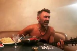 Сергей Шнуров спел о победе «Зенита» над «Спартаком» на мотив «В Питере — пить»