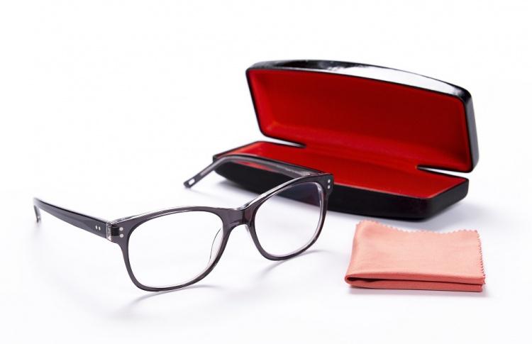 Правила ухода за современными очками - читаем и запоминаем
