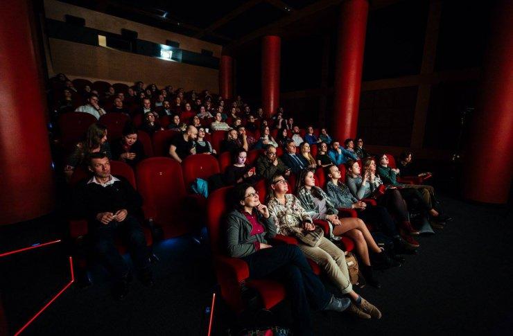 Лучший кинотеатр с фильмами на языке оригинала: «Пионер»