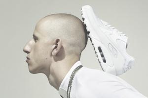 Белая серия Nike, старт продаж коллекции Adidas x Alexander Wang и открытие новых магазинов Uniqlo и Zara