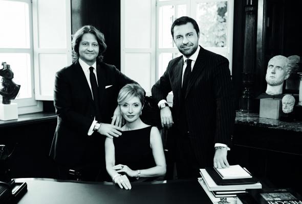 Воплощение итальянского стиля в украшениях Damiani - Фото №10
