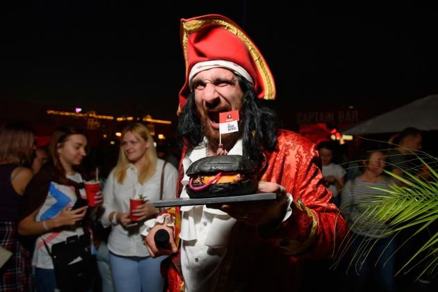 The Burger Brothers подогрели аппетит гостей FACES&LACES