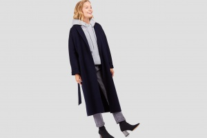 На релаксе: 10 пальто-халатов для расслабленной осени