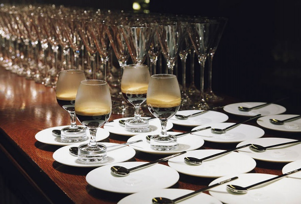 Мауро Колагреко и Игорь Гришечкин представили специальное блюдо в паре с кофе Nespresso на закрытом ужине в ресторане Кококо - Фото №4
