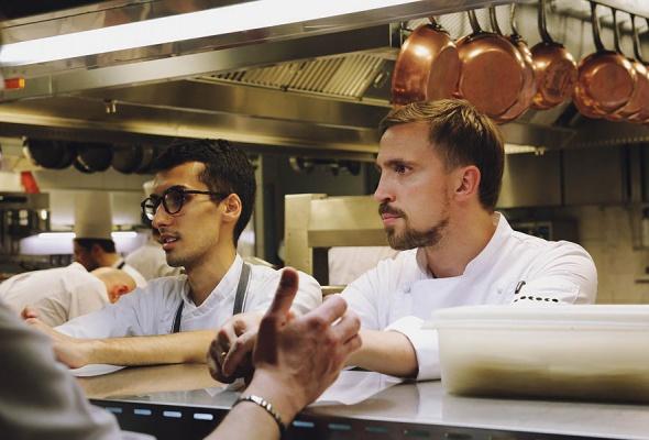 Мауро Колагреко и Игорь Гришечкин представили специальное блюдо в паре с кофе Nespresso на закрытом ужине в ресторане Кококо - Фото №0