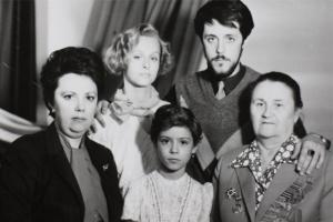 Минкульт вновь отказал фильму Манского «Родные» в выдаче прокатного удостоверения