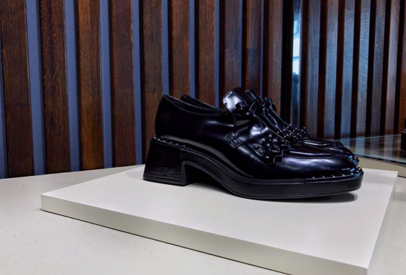 Бутик обуви и аксессуаров «5 essence»  - Фото №2