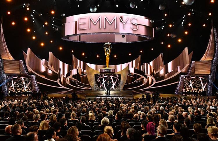 «ВКонтакте» покажет телевизионную премию «Эмми 2017» в прямом эфире