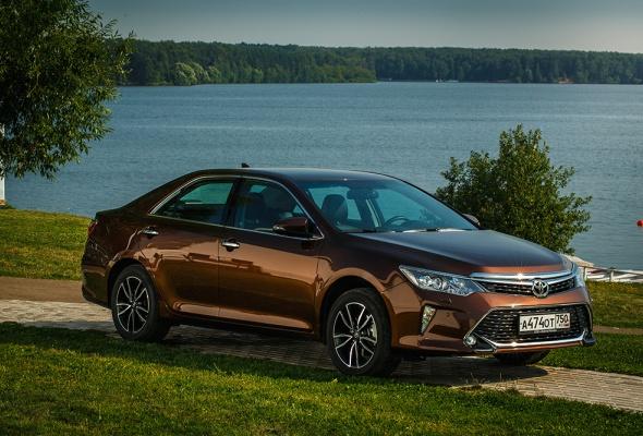 Toyota Camry и Toyota RAV4 получат Яндекс.Авто уже в октябре - Фото №4