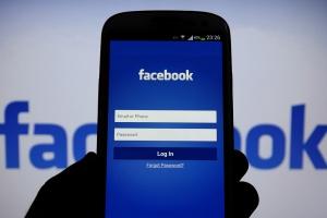Глава Роскомнадзора допустил блокировку Facebook в 2018 году