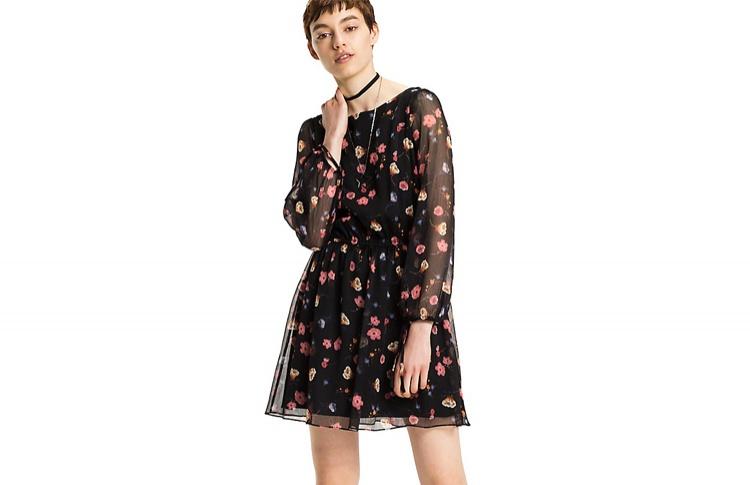 Короткое креповое платье