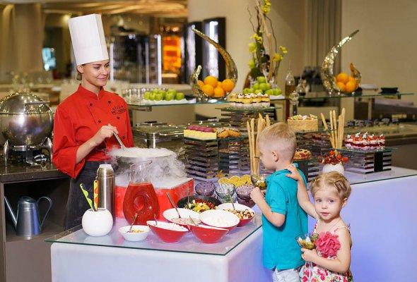 Выходные со вкусом: в Novotel Москва Сити открыт сезон бранчей - Фото №2