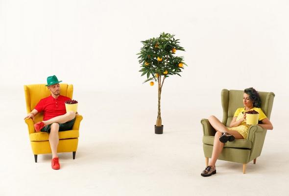 Группа «FRUKTbI» записали сочный хит про десять миллионов - Фото №0