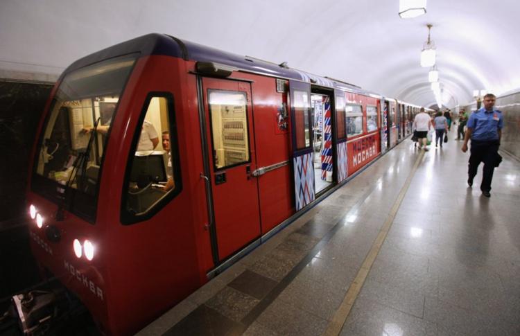 Трагедия дня. Поломоечная машина бросилась на рельсы в московском метро
