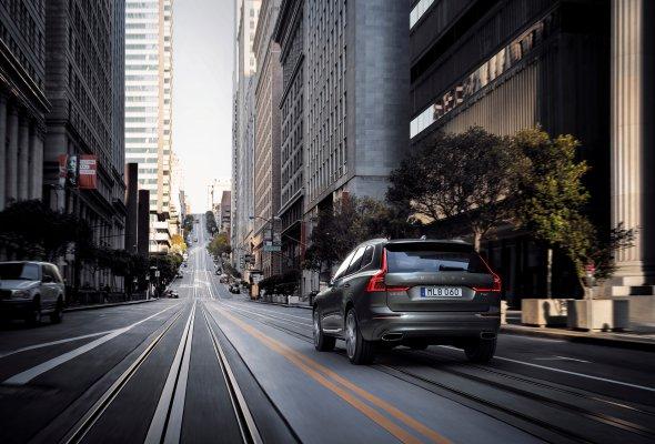 Российская премьера Volvo XC60 состоялась в формате иммерсивного спектакля Moments - Фото №9