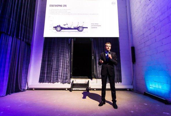 Российская премьера Volvo XC60 состоялась в формате иммерсивного спектакля Moments - Фото №2
