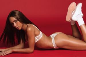 Девушкой месяца Playboy впервые стала модель-трансгендер