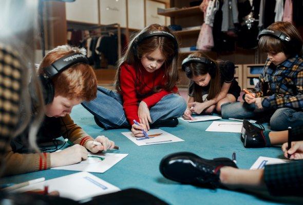 Спектакль-променад для детей будут показывать в ДЛТ по выходным - Фото №1