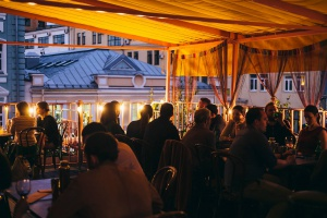 Ресторан «Бардели» на Пятницкой улице закрылся