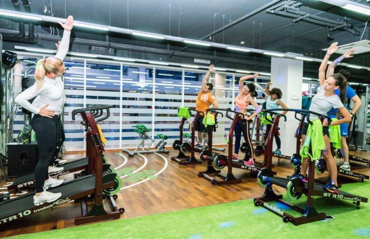 «Умный фитнес» против бездумного похудения: россияне стали требовательнее к качеству тренировок
