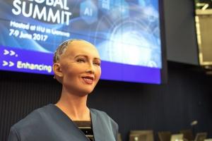 Робот София получила гражданство Саудовской Аравии. И стала первым в мире андроидом с паспортом